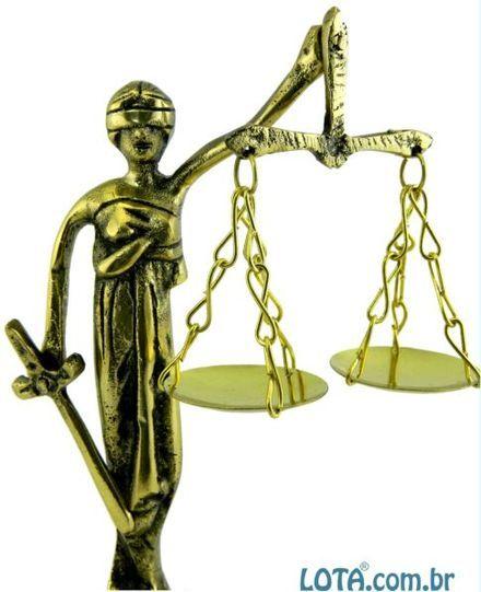 Dama da justiça bronze