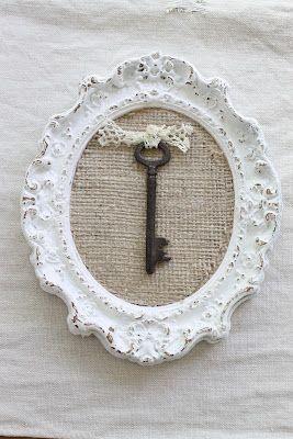 cuadro con marco antiguo moldurado