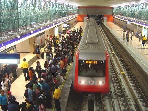 Metro de Santiago de Chile - Estación Vicente Valdés - Línea 4