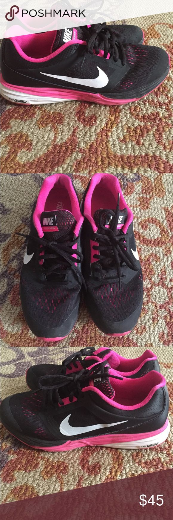 Tri fusion nike's Black pink and white nike's Nike Shoes Athletic Shoes
