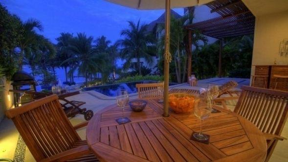 Oceanfront Villa, with amazing views and open spaces, in La Cruz de Huanacaxtle, Mexico