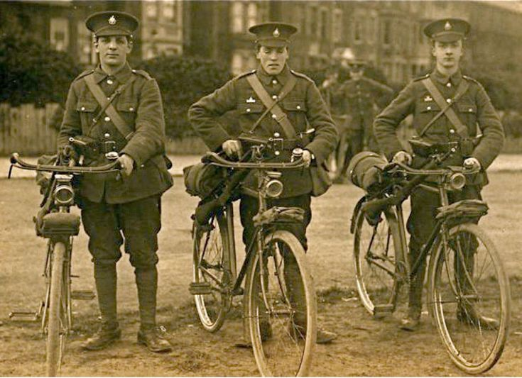 RUDGE-WHITWORTH BICYCLES of the 2/6th (CYCLIST) BATTALION, ROYAL SUSSEX REGIMENT The 6th Battalion, The Royal Sussex Regiment, had its origins in the 1st Sussex Rifle Volunteers and the 1st ...