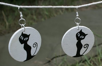 little painted cats-earrings