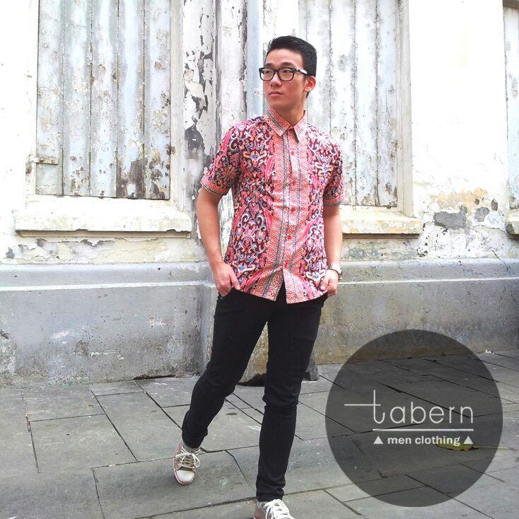 Type: Fred Size: M, L, XL  #batik #slim #men #pria #casual #baju #outfit #kemeja #kemejapria #atasan #batikpria #batikslim #batikfashion #fashion #top #jual #menstop #indie #limited #tidy #nerd #looks #young #style #stylish #gaya #muda  visit instagram: @tabern_clothing