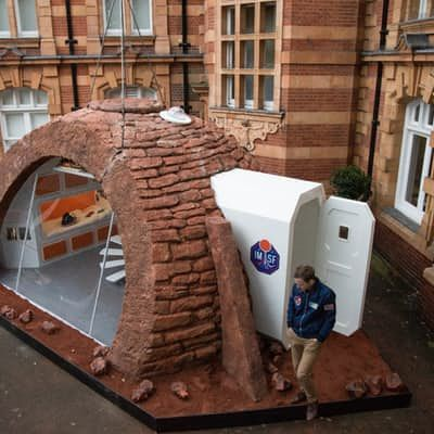 National Geographic looks at life on Mars with London model home 11/10/16 The show home uses a 'double airlock' recycled from a spacecraft