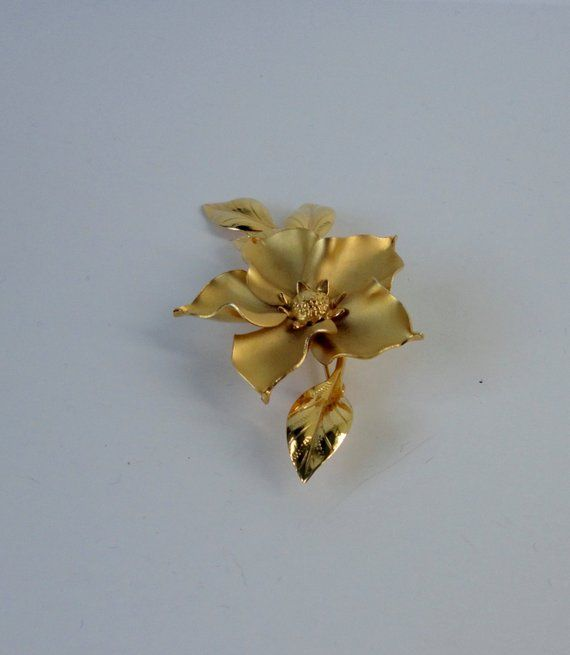 Vintage Flower Brooch Gold Filled Mum Pink Rhinestone Center Dynamic Dimensional Design Signed Bond Boyd GF Mothers Day Gifts
