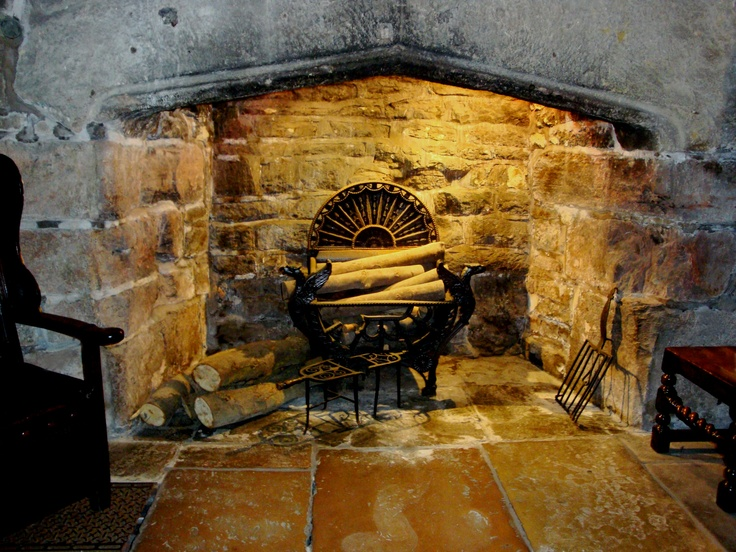 39 best Old stone fireplaces images on Pinterest | Stone ...