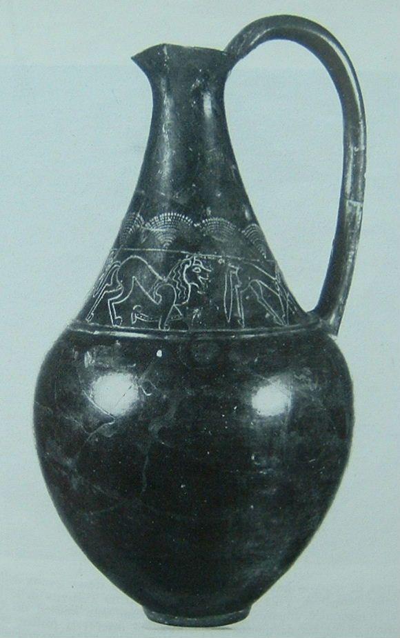 bucchero nero - korsó, etruszk