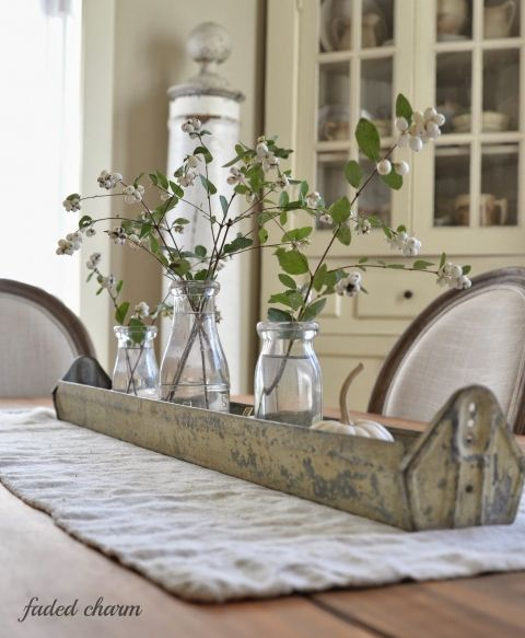 Diy dining room table centerpiece ideas kitchen table for Everyday table centerpiece ideas