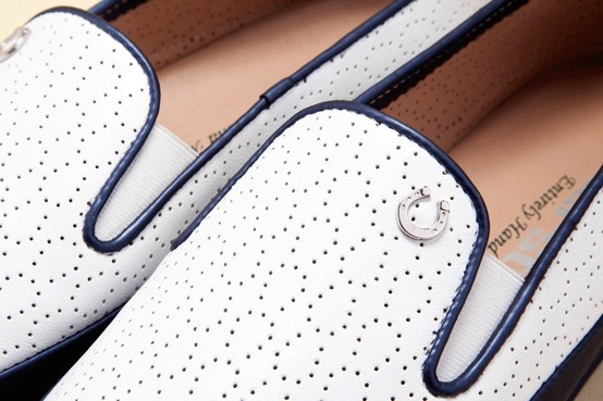 Fine details, Italian beauty. Discover Pakerson shoes for women. - Dettagli raffinati, bellezza Made in Italy. Scoprite le scarpe Pakerson per donna. http://store.pakerson.it/woman-moccasins-22289-bianco.html
