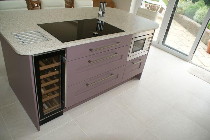 Saffron Interiors of Guildford 01483 511068 #kitchen #design #cream #