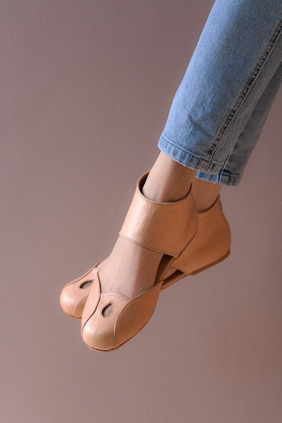 Womens shoes caramel flats leather shoes by TheBalletBird