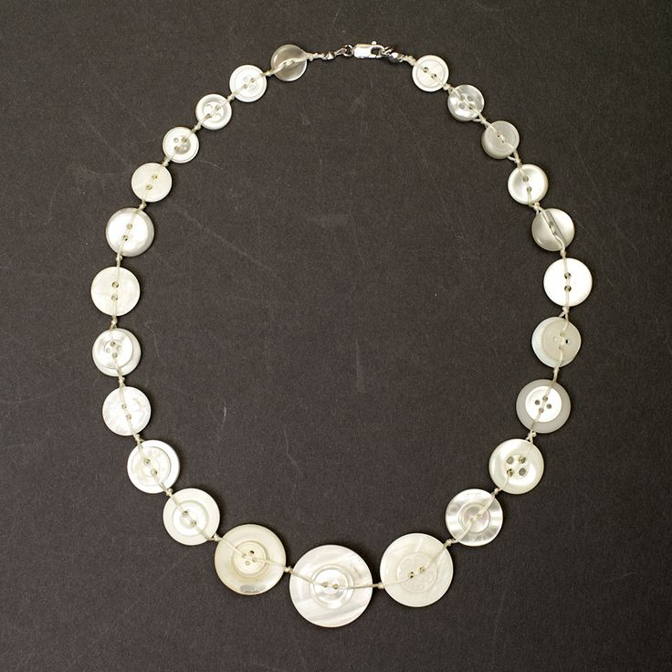button necklace - Google-haku