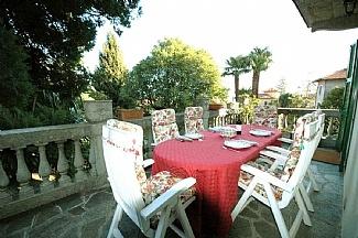 an italian dinner al fresco dinner