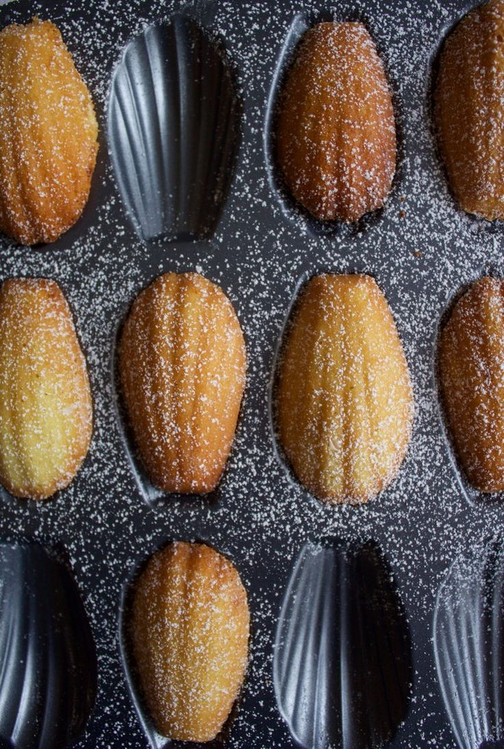 Thanksgiving in Paris with blogger Cake Boy Paris. Recipe for maple madeleines.