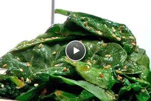 Wilde spinazie met pittige sesamdressing - Recept   24Kitchen