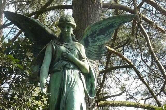 Гид по миру: В преддверии Хэллоуина: самые интересные кладбища Европы