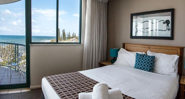 Overlooking Alexandra Headland beach, your Alexandra Headland accommodation at Grand Palais Beachside resort holiday accommodation apartments is your perfect choice in affordable luxury on the Sunshine Coast.