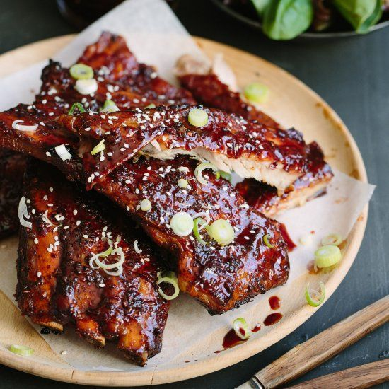 The best Chinese-style sticky spare ribs with soy, Hoisin, rice vinegar, honey, garlic and 5-spice.