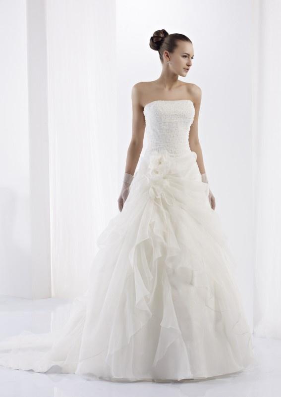 Collezione abiti da sposa #Jolies, abito da #sposa modello JOAB13628IV