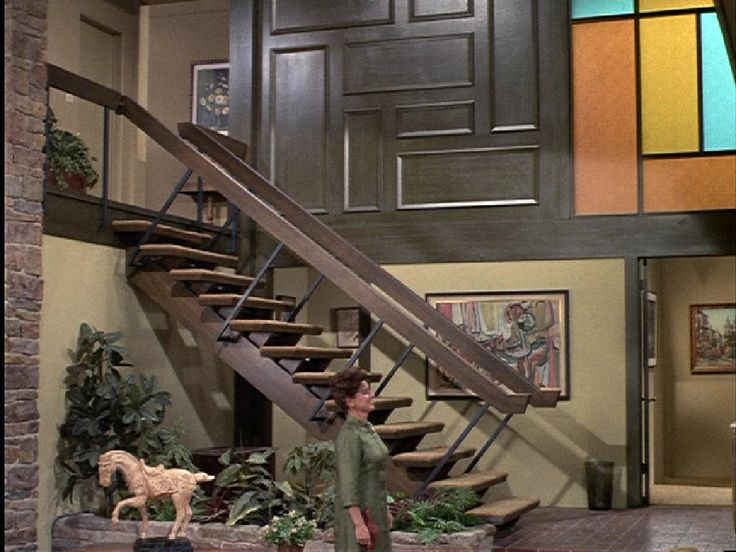 17 best images about brady bunch house on pinterest for Brady bunch house floor plans