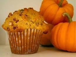 muffin alla banana buona e sana merenda per i vostri bambini http://www.lefestediemma.com/2014/10/muffin-per-halloween-di-zucca-e-mele/