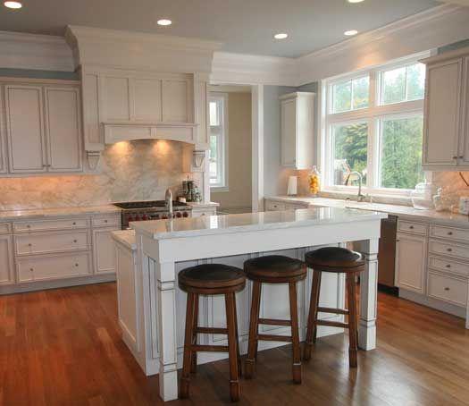 Kitchen Cabinets White Vs Cream: White Kitchen Cabinets