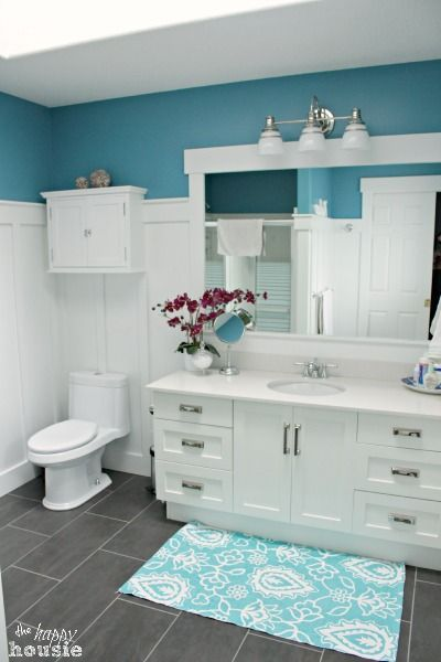 17 best images about house ideas on pinterest circular for Lake cottage bathroom ideas