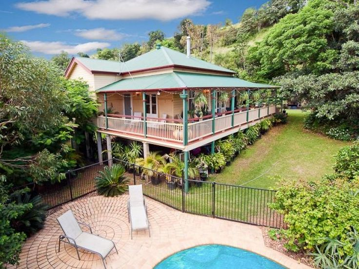 17 best images about old australian homes on pinterest for Classic queenslander house