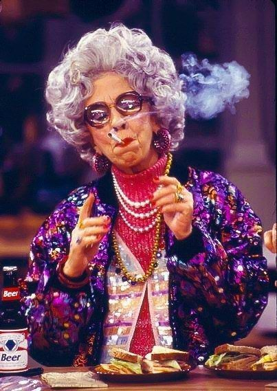 She always did whatever she wanted to do and gave zero fucks. | 16 Reasons Why Grandma Yetta Had The Most Swag In The Fine Family