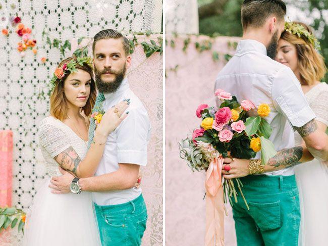 boda romántica bohemia novia vestido corto novio con barba (7)