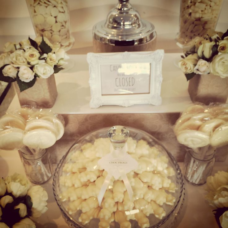 Vintage Cream and White Candy Buffet for a Magical Wedding. www.RoseandViolet.com.au