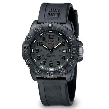 The Genuine Navy SEAL Watch - Hammacher Schlemmer