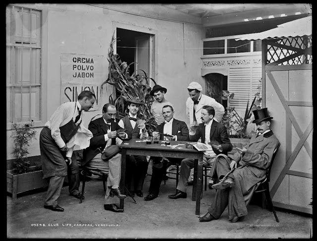 Fotografía narrativa: 15 fotos centenarias de Venezuela en la Biblioteca del Congreso Vida de club en Caracas, 1900-1906.