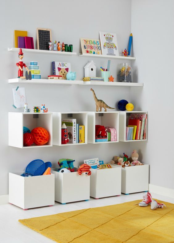 Decorating the children's bedroom? Make bedroom sharing in a small apartment fun (and stylish) with these design ideas!