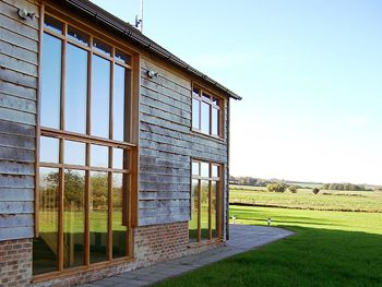 Modern-Barn-Homes