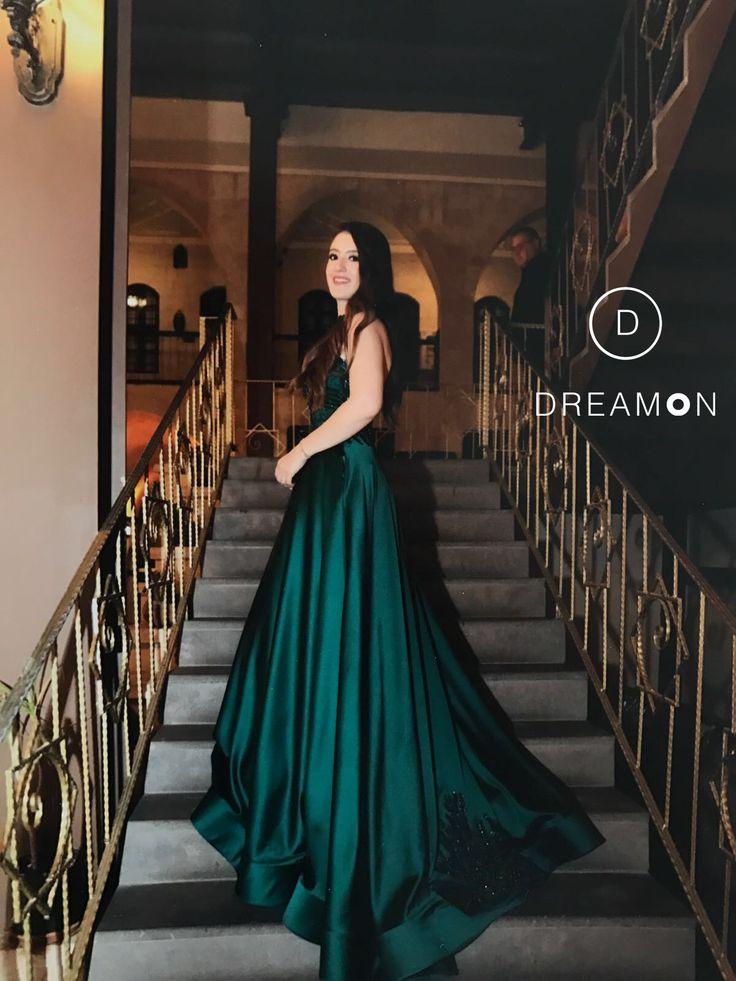 DreamON Tasarım atölyesi tarafından kendisi için tasarlanan couture abiyesi Gaziantep DreamON müşterimiz Didem Günsoy'a çok yakıştı. www.dreamon.com.tr #dreamon #dreamoncouture #couture #abiye #nişanlık #kıyafet #dreamontasarımatölyesi #great #wedding #engagement #sketch #style #tarz #tasarım #fashion #gaziantep #picoftheday #moda #mutluluk #happy