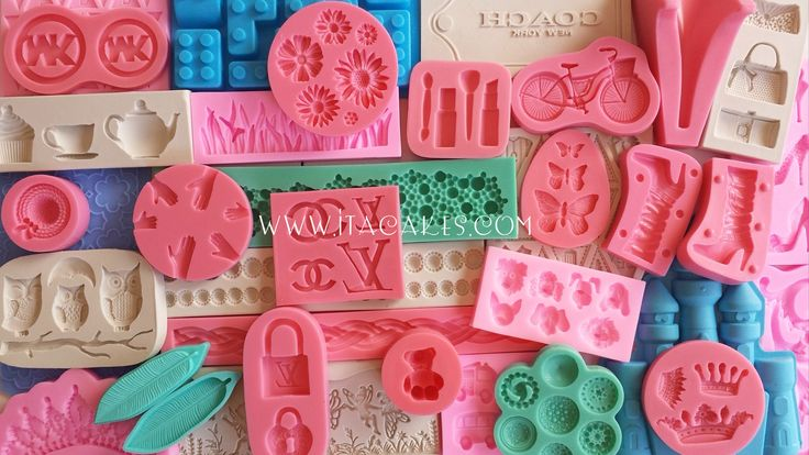 Available on www.itacakes.com Silicone Cake Molds  #SiliconeCakeMolds #SiliconeMolds