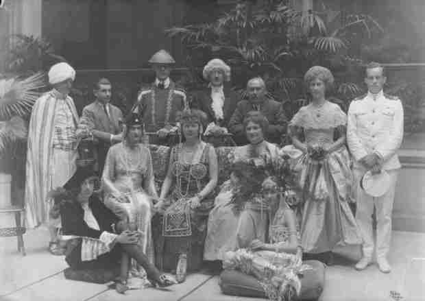 Masquerade ball in Biltmore House, August 1921. A costume party to celebrate Cornelia's( George vanderbilts daughter) 21 birthday and her coming into society.