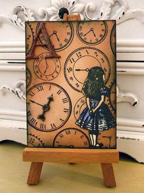 Alice in Wonderland  by iGirlZoe (flickr)