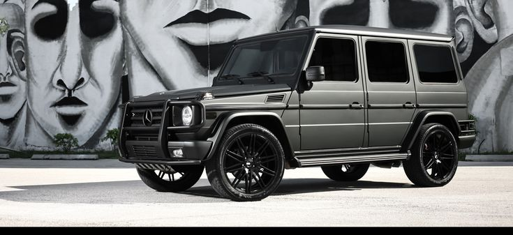 17 best ideas about mercedes g wagon interior on pinterest for Mercedes benz g wagon black matte