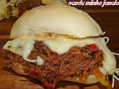 Receita Sanduíche de carne louca e queijo derretido