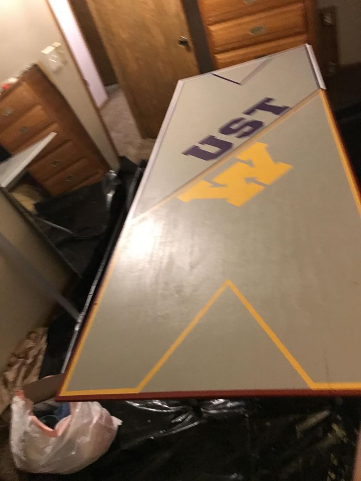 UofM vs St Thomas Beer pong table