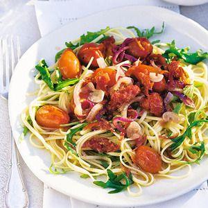 Linguine met zongedroogde tomaat