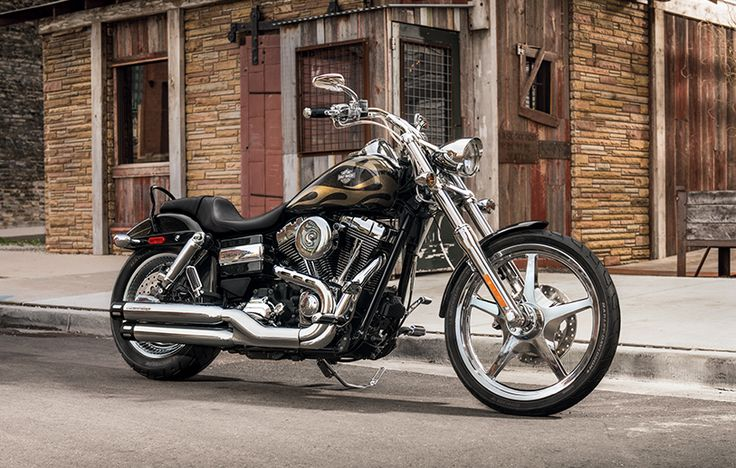 Throw a leg over the king of easy riding. | 2015 Harley-Davidson Wide Glide