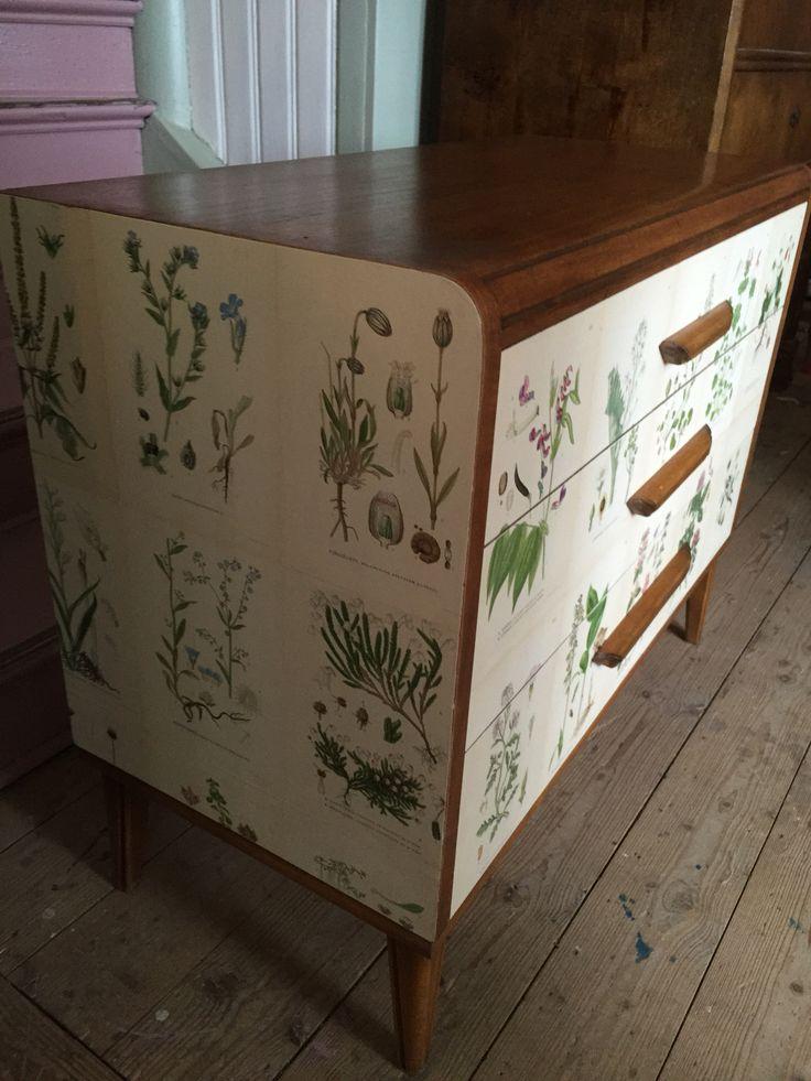 My very first Flora dresser.  Vintage & Färg