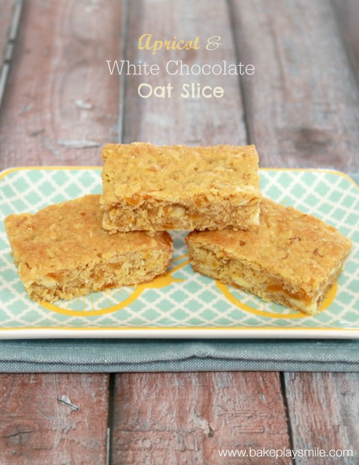 My absolute favourite slice!! Apricot & White Chocolate Oat Slice - everyone will love this! http://www.bakeplaysmile.com/apricot-white-chocolate-oat-slice/ #oatslice #apricot #whitechocolate