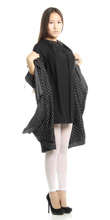 Изделие: Летнее пальто и маленькое черное платье. Материал: Шелковый атлас + шерстяной креп.