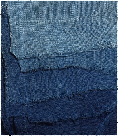 varying shades of indigo! from the French blogsite ~ about food. Just a little info here but a lovely blogsite nevertheless