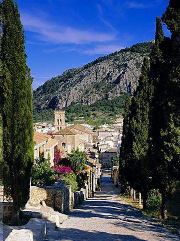 Pollensa - Mallorca, España / Pollensa es un municipio de las Islas Baleares, España. Situado en la isla de Mallorca, es su territorio más septentrional, teniendo en frente por el este el municipio de Ciudadela, en la isla de Menorca.